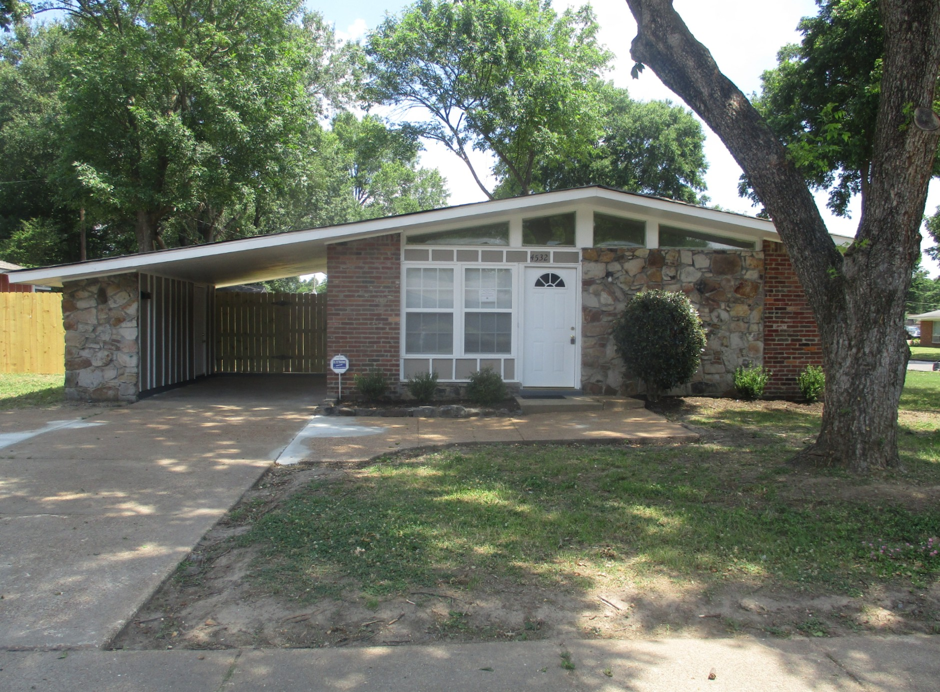 Mid-Century Misery to Modern Masterpiece - Memphis Turnkey Transformation